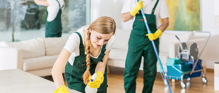 Why a Cleaning Service Is Better than DIY